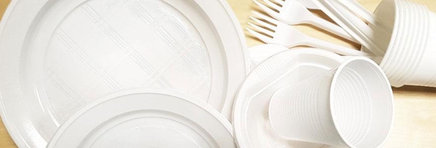 vaisselle-en-plastique